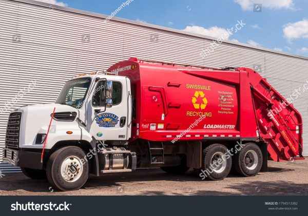 stock-photo-swissvale-pennsylvania-usa-a-borough-of-swissvale-public-works-recycling-garbage-truck-1794513382